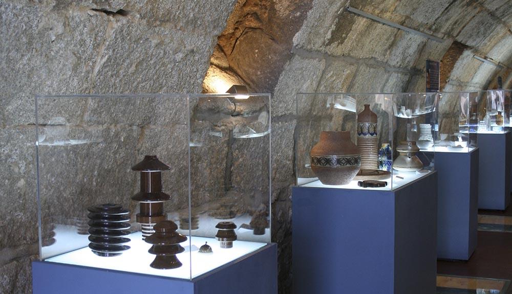 Exposición CUMVAL Cueva museo Ruta de la piedra Valdemorillo